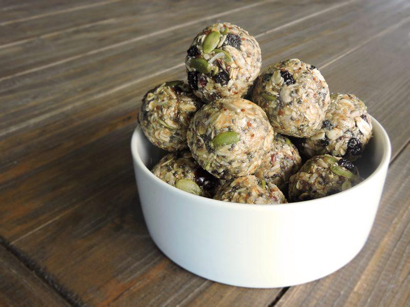 No-bake Granola Balls